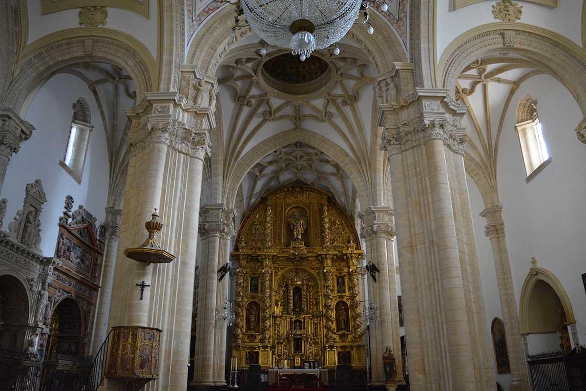altar-catedral-baeza